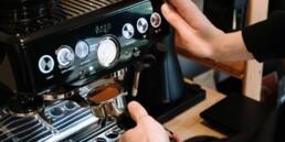 Espressomaskine med kværn