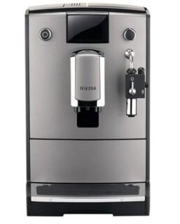 Smuk og stilren espressomaskine med kværn